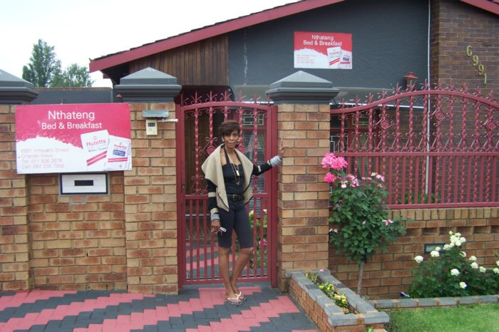 Nthateng Bed & Breakfast